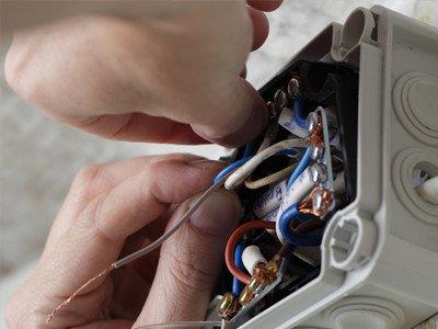Nys Elektriciteit | Elektriciteitswerken - Elektricien Beringen